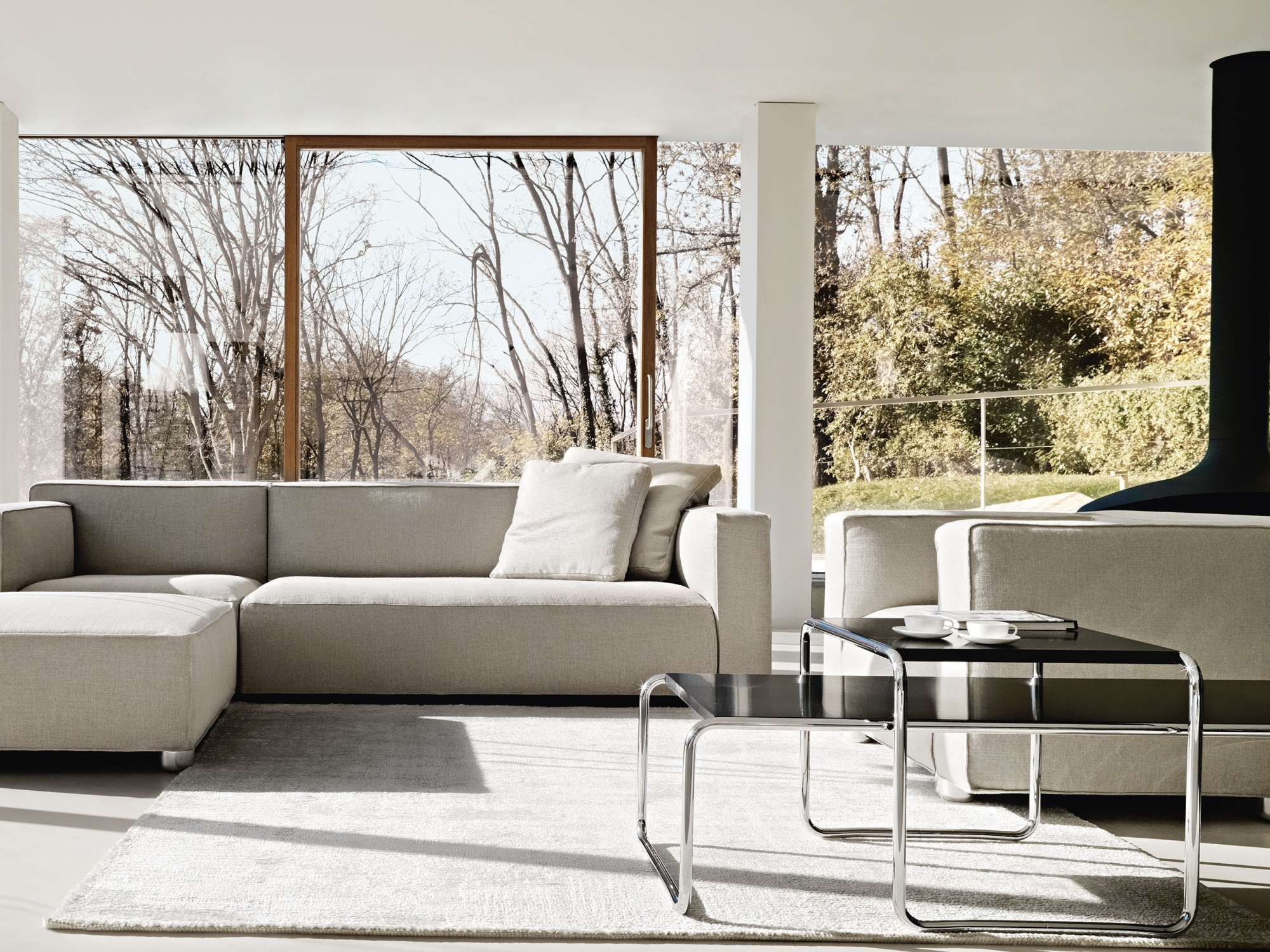 Hollace Cluny Breuer Laccio Tables By Marcel Breuer Knoll